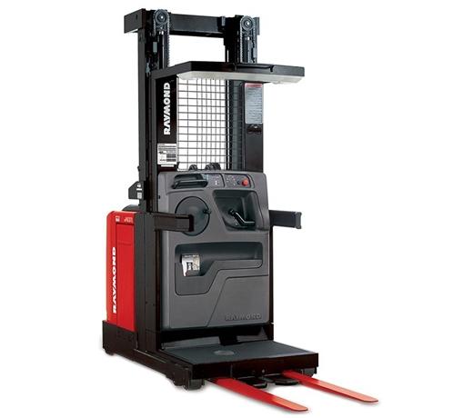 montacargas-raymond-orderpicker-modelo-5500-01